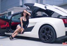 Vanessa Meets Lamborghini Gallardo Spyder