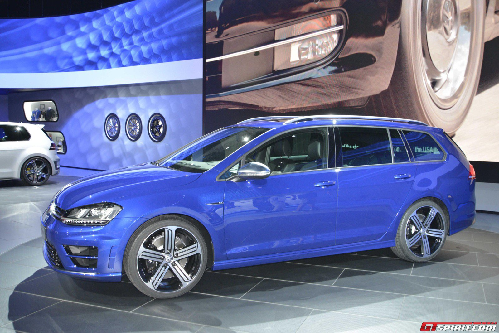 los angeles 2014 volkswagen golf r variant gtspirit. Black Bedroom Furniture Sets. Home Design Ideas