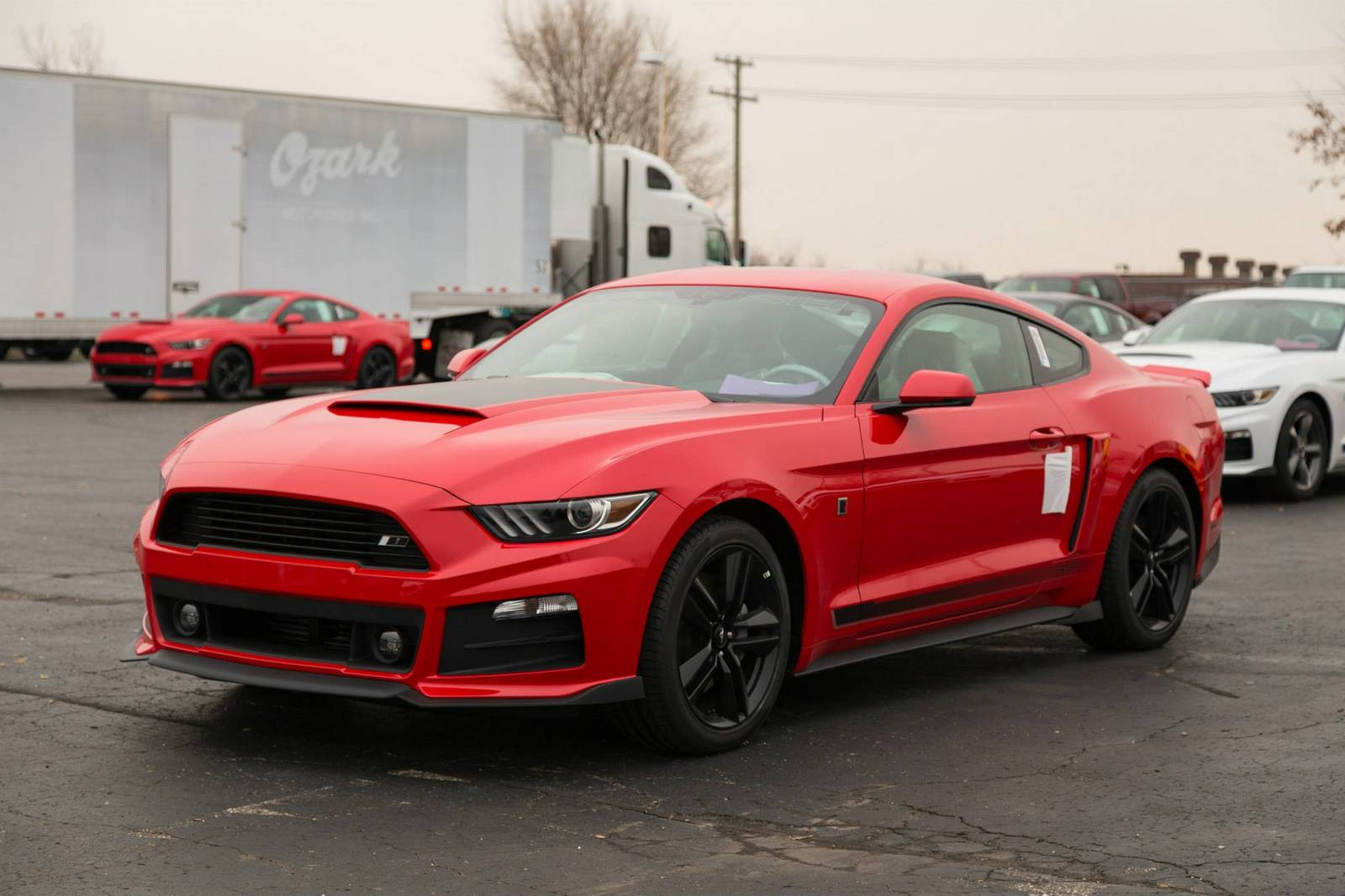 roush reveals first batch of production ready 2015 rs mustangs gtspirit. Black Bedroom Furniture Sets. Home Design Ideas