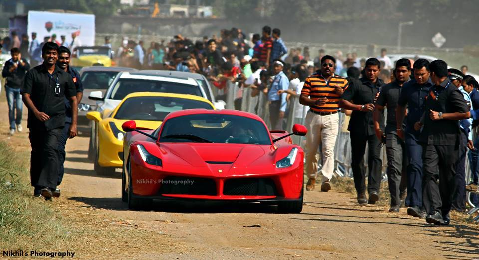 First Laferrari In India Gets Celebrity Like Attention