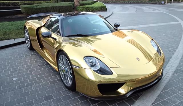 Video: Gold Chrome Porsche 918 Spyder Weissach - GTspirit on porsche 918 spyder liquid chrome, porsche 918 spyder in white, porsche 918 spyder in gold, audi r8 spyder in chrome,