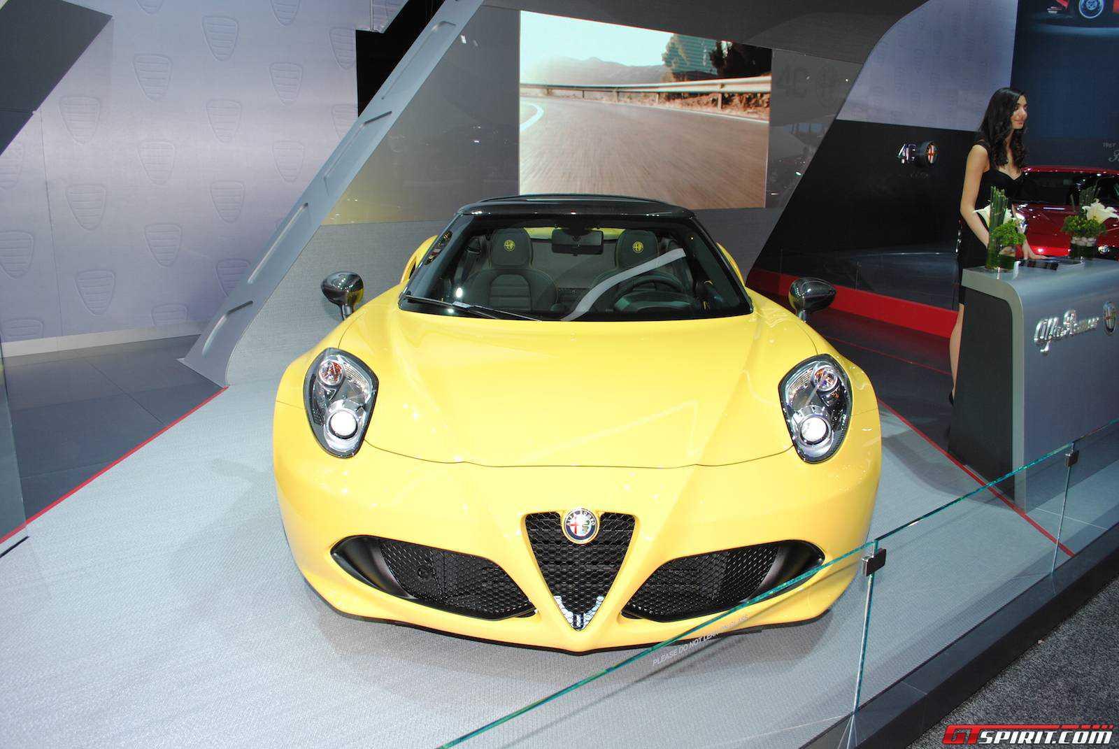 Detroit 2015 Alfa Romeo 4c Spider Gtspirit