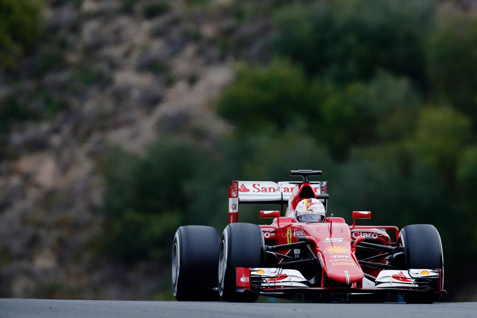 formula 1 vettel fastest again for ferrari on day 2 jerez test gtspirit. Black Bedroom Furniture Sets. Home Design Ideas