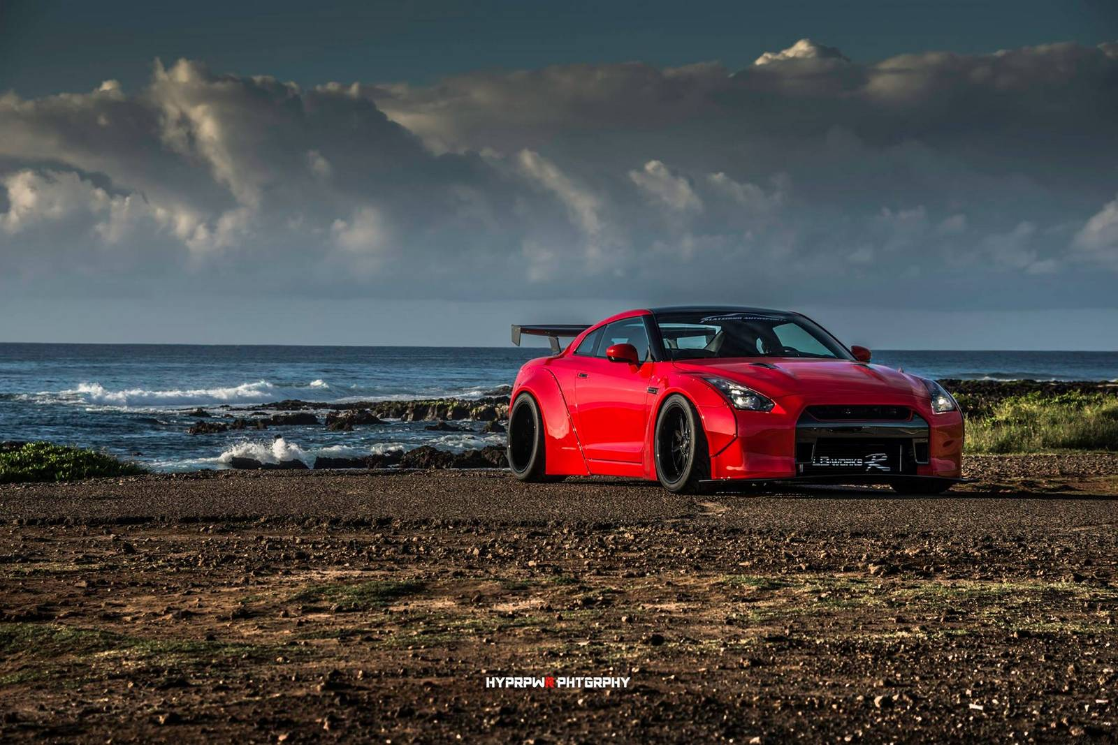 picture perfect liberty walk nissan gt r photoshoot in oahu gtspirit. Black Bedroom Furniture Sets. Home Design Ideas