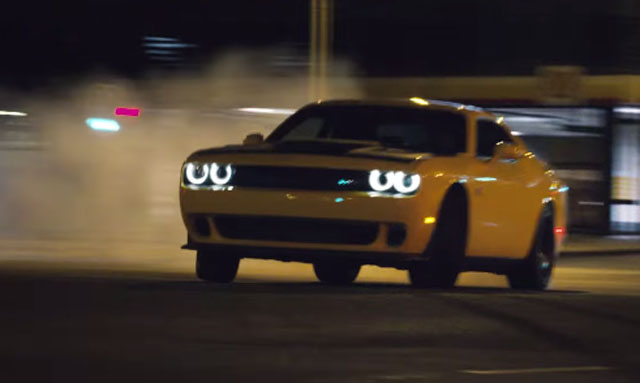 Video Dodge Challenger Srt Hellcat Goes Drifting In Ad