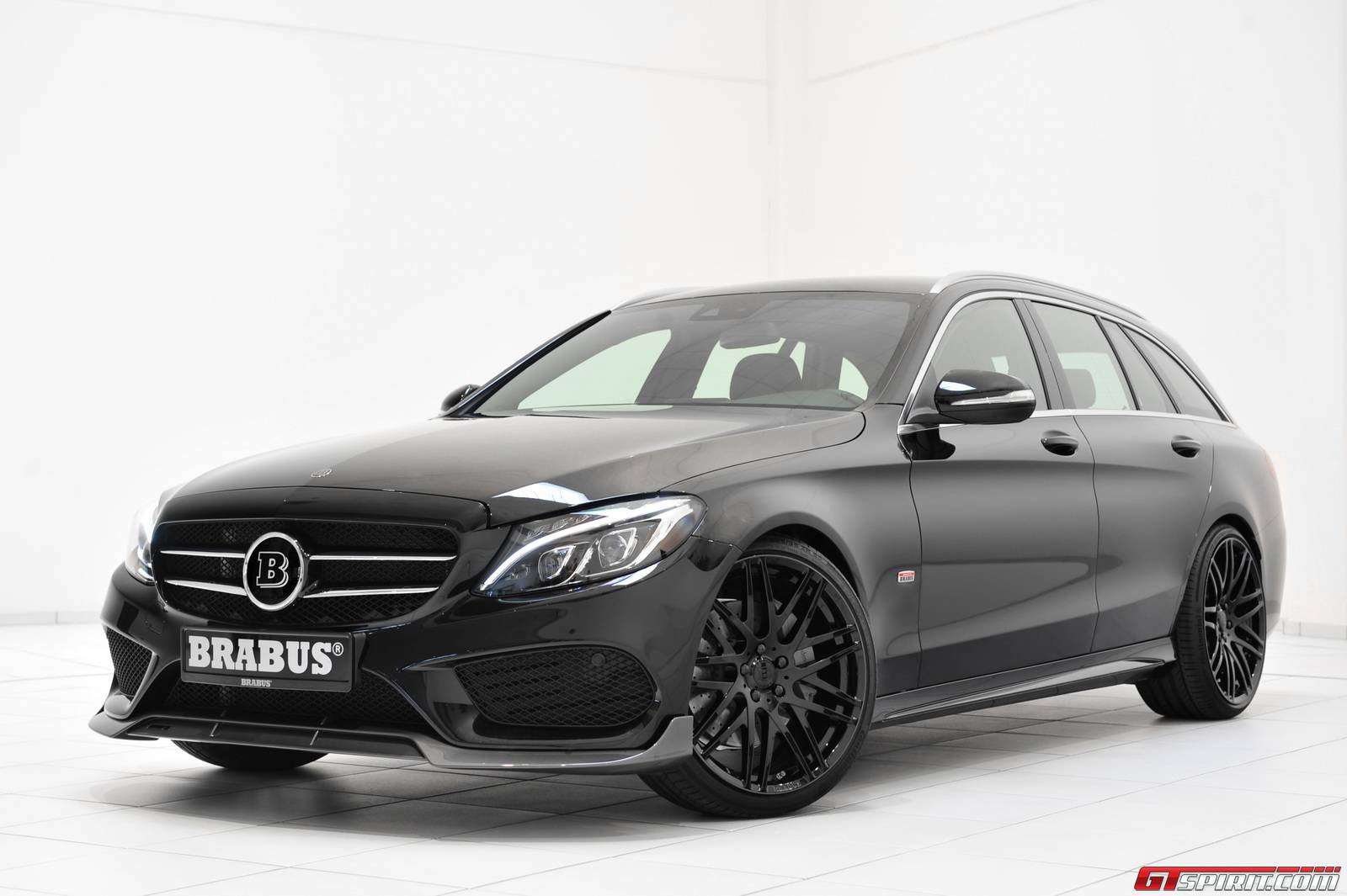 Official brabus mercedes benz c class estate gtspirit for Mercedes benz g class brabus