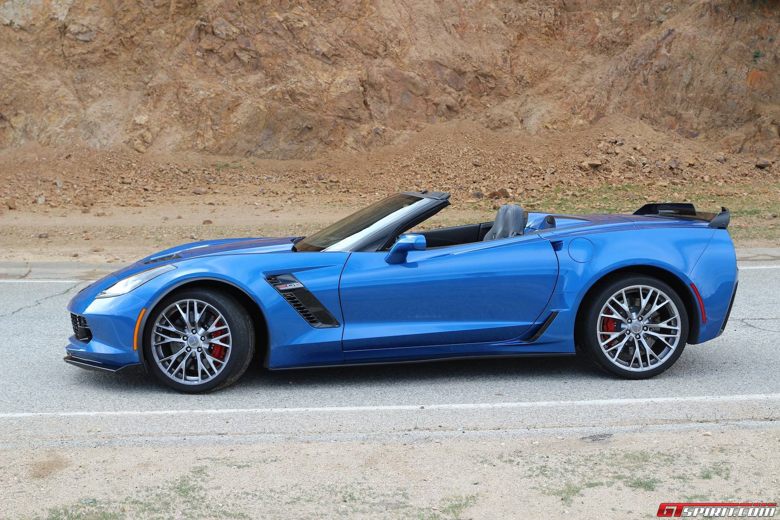 2015 chevrolet corvette z06 convertible review gtspirit. Cars Review. Best American Auto & Cars Review