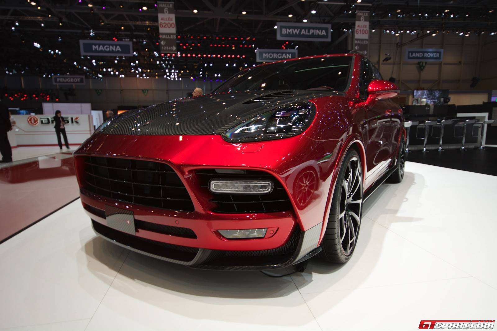 geneva 2015 mansory porsche cayenne gtspirit. Black Bedroom Furniture Sets. Home Design Ideas
