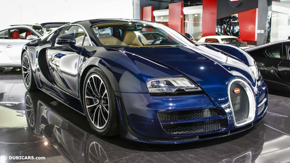 unique blue carbon bugatti veyron super sport sold in dubai gtspirit. Black Bedroom Furniture Sets. Home Design Ideas