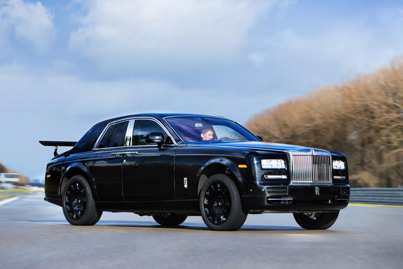 First Images of Upcoming Rolls-Royce 4x4 Mule Released - GTspirit