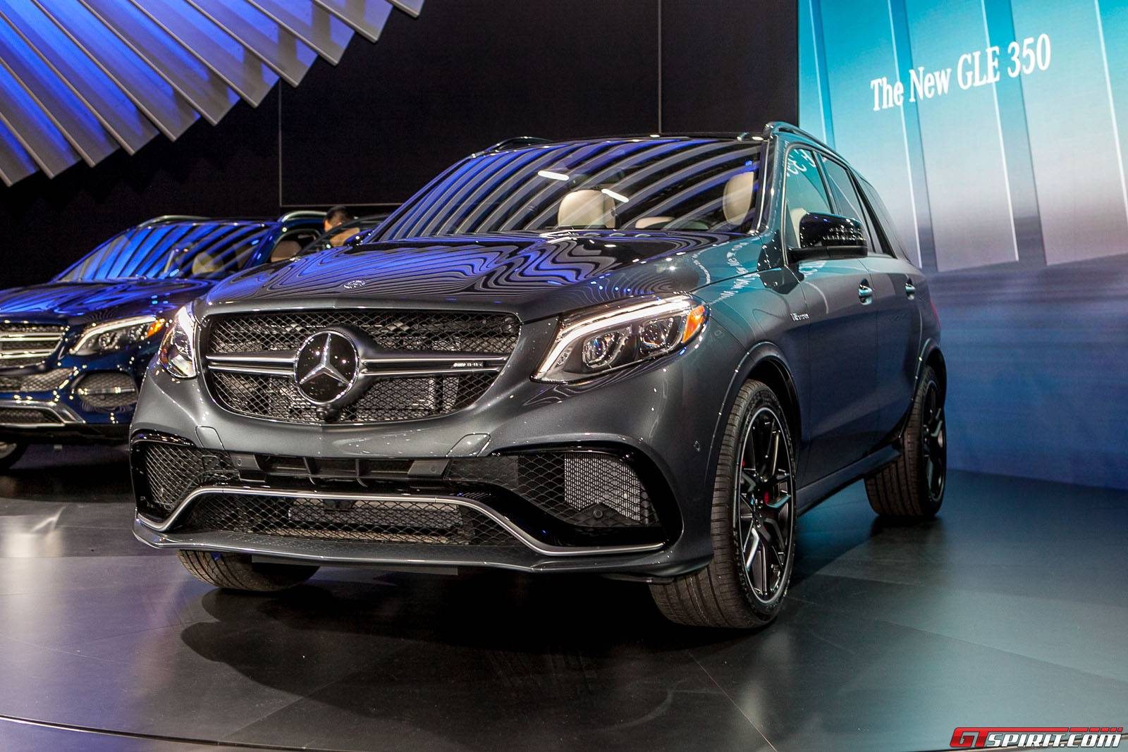New york 2015 2016 mercedes benz gle gtspirit - Mercedes car show ...