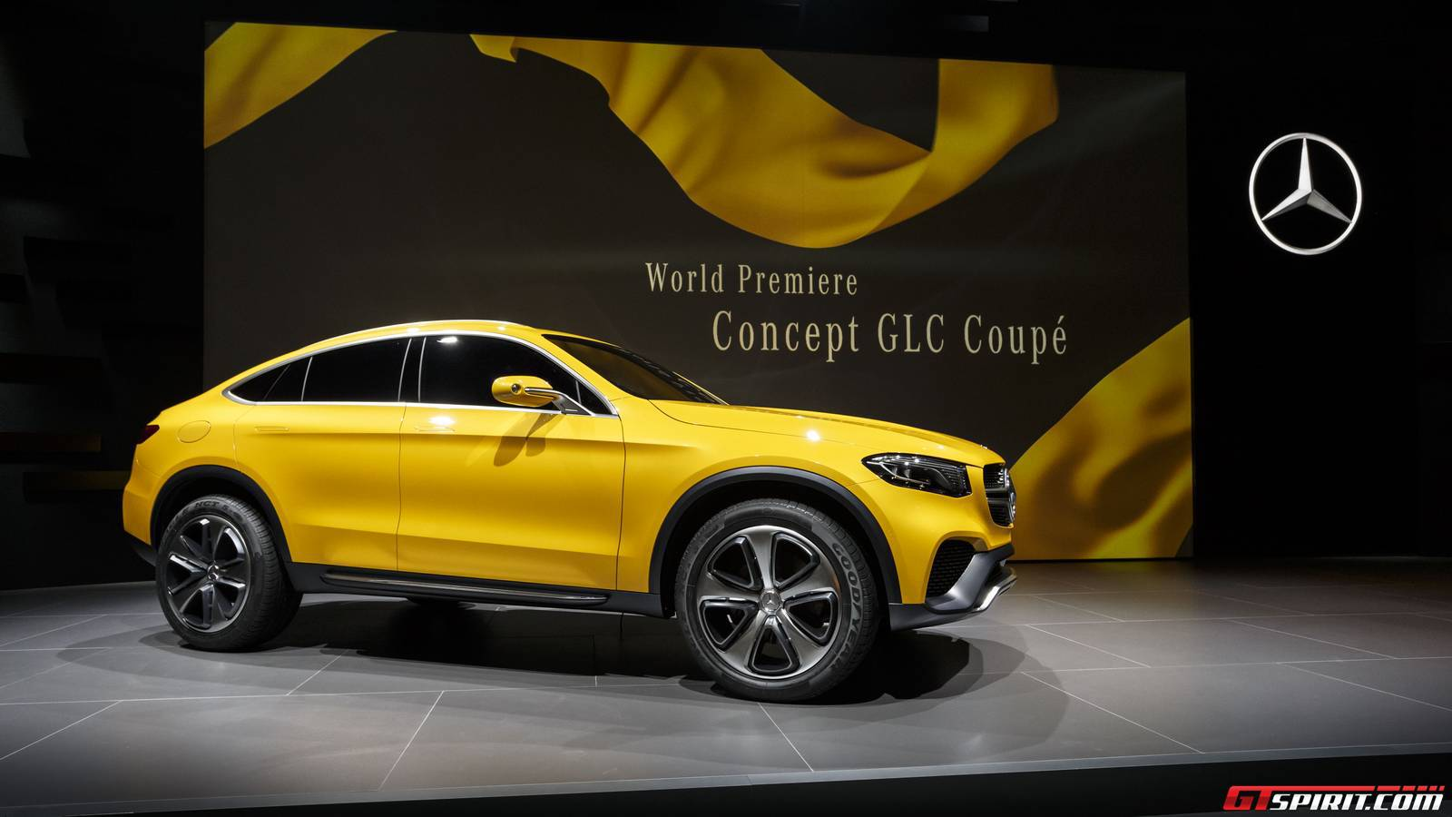 Shanghai 2015 mercedes benz concept glc coupe gtspirit for Mercedes benz suv coupe