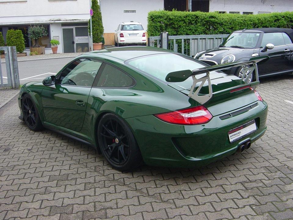 Unique British Racing Green Porsche 911 GT3 RS For Sale - GTspirit