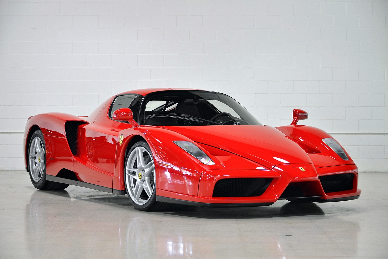 Floyd Mayweather's Ferrari Enzo Up For Sale Again. 17th June 2015