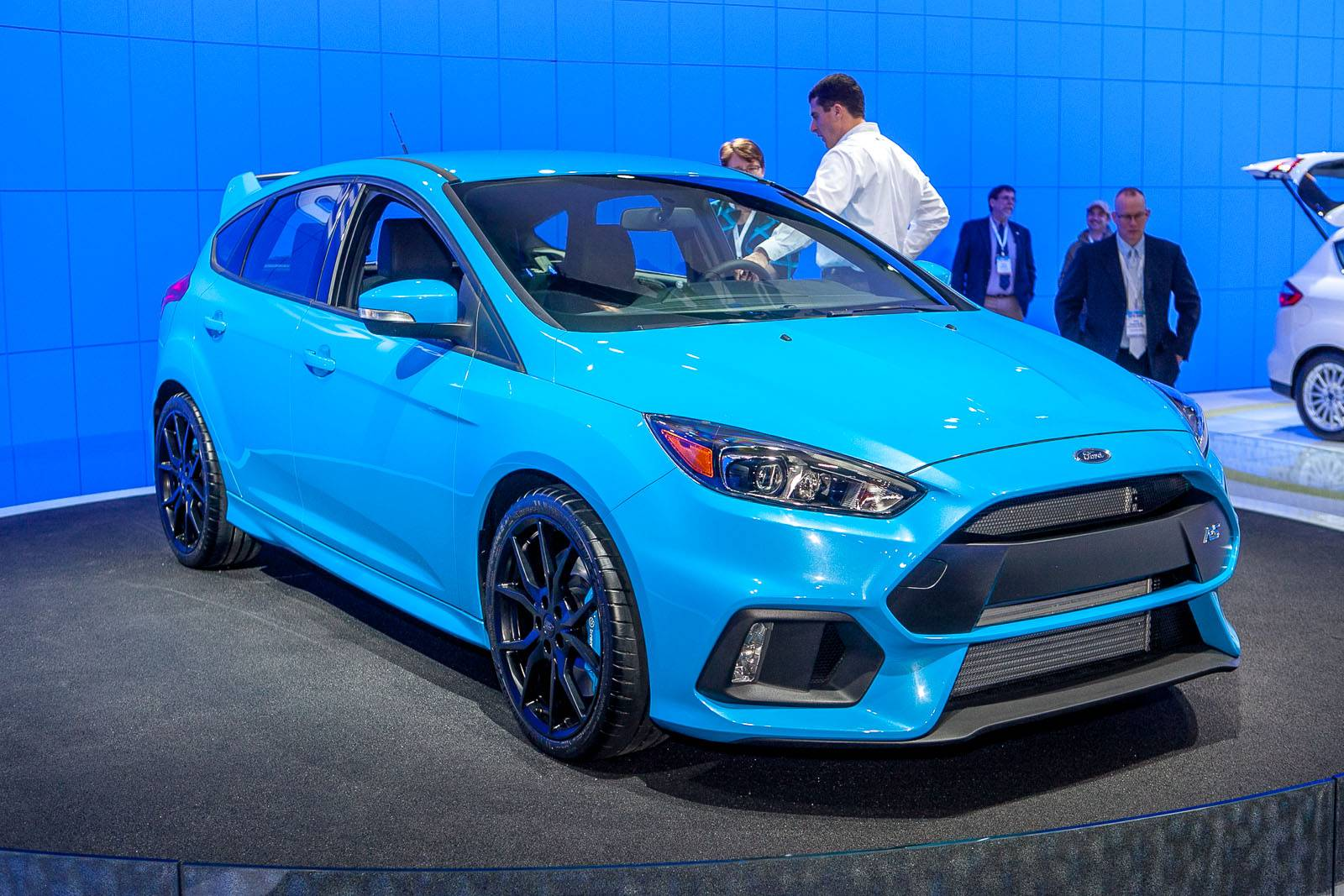 now confirmed 2016 ford focus rs packs 345hp gtspirit. Black Bedroom Furniture Sets. Home Design Ideas