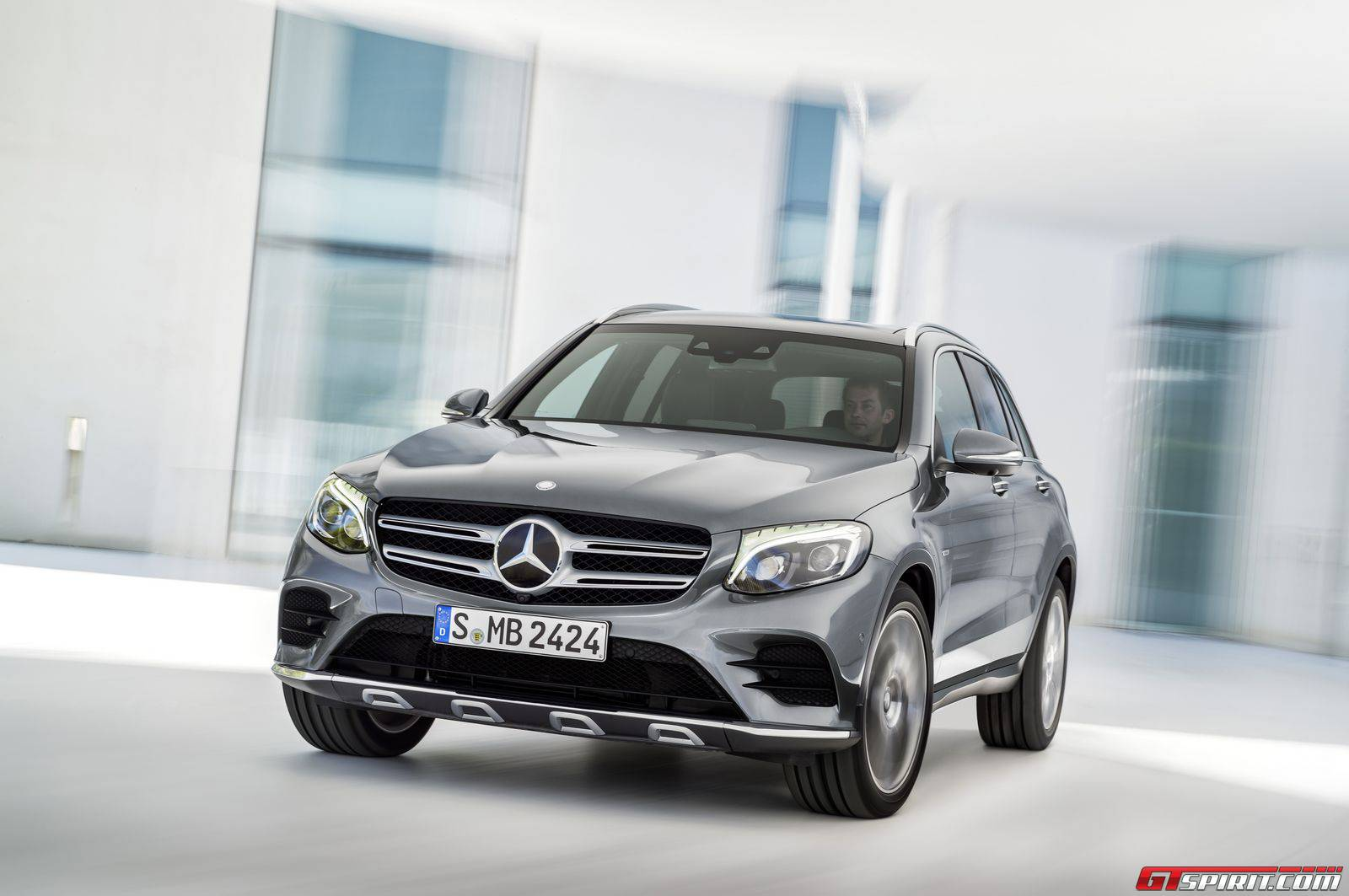Mercedes benz glc priced in germany gtspirit for Mercedes benz deutschland