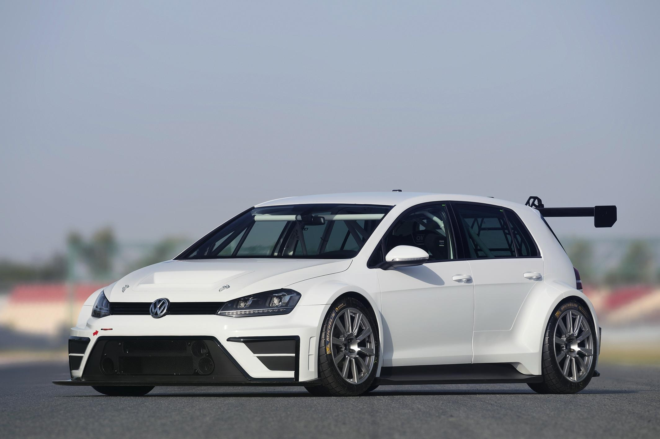 Official Volkswagen Golf R Track Spec