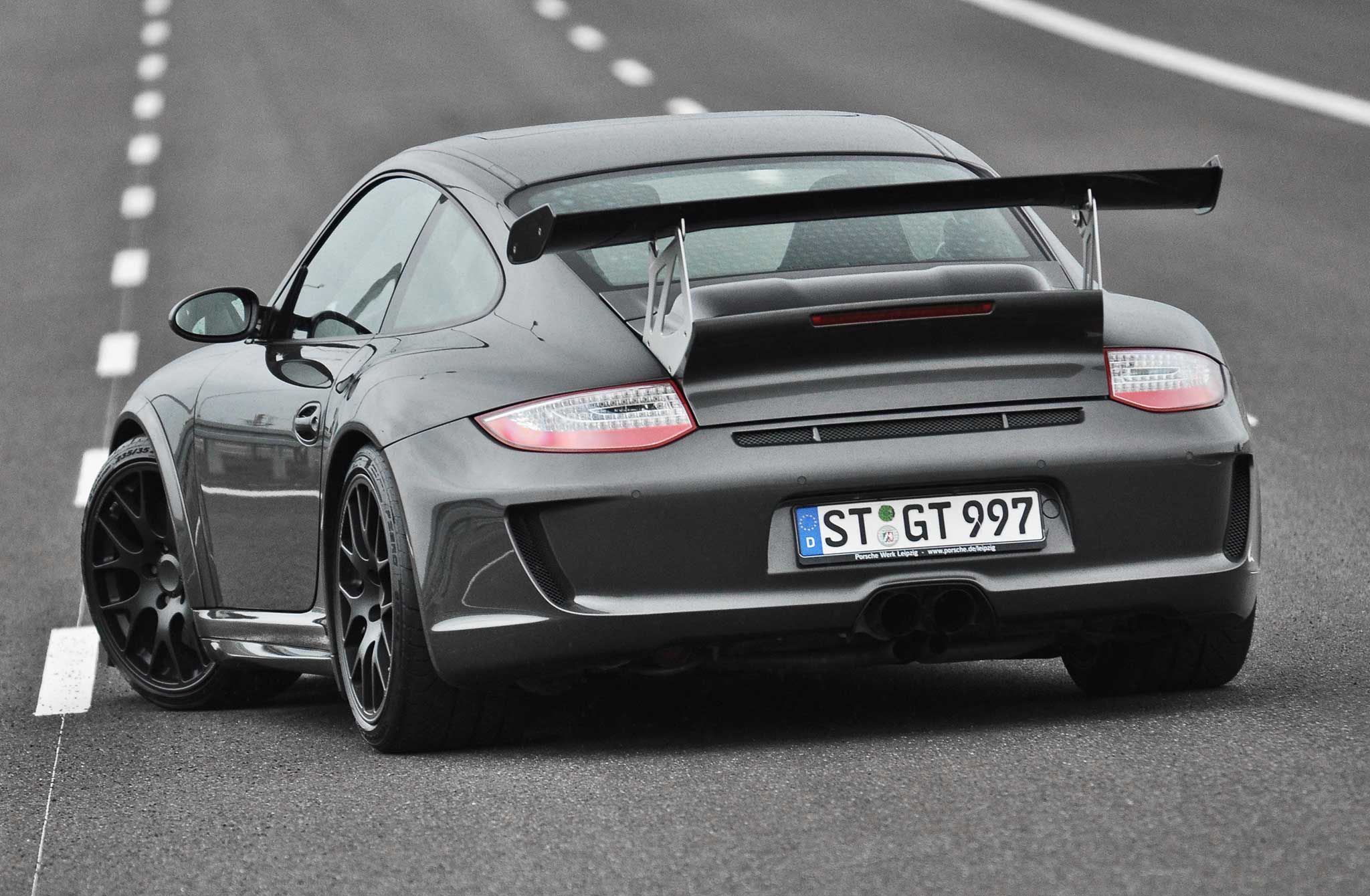 crazy 800hp gt3 inspired porsche 911 turbo from poland gtspirit