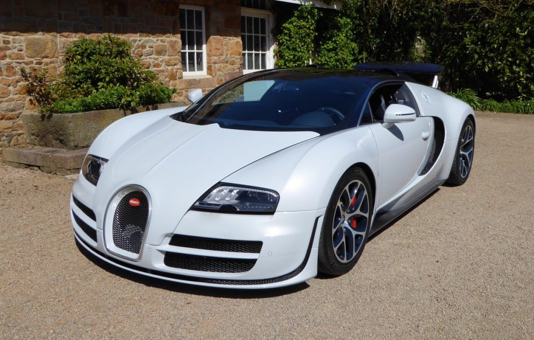 bugatti veyron grand sport vitesse rafale 011 for sale gtspirit. Black Bedroom Furniture Sets. Home Design Ideas