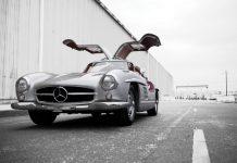 Mercedes-Benz 300SL Alloy Gullwing auction front