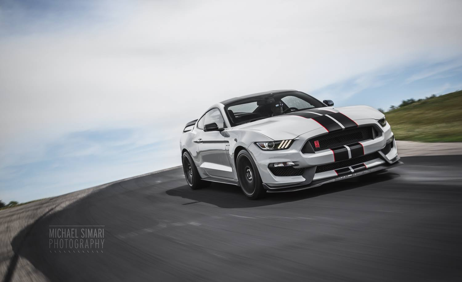 Gt350R For Sale >> Photo Of The Day: Stunning 2016 Ford Mustang Shelby GT350R ...