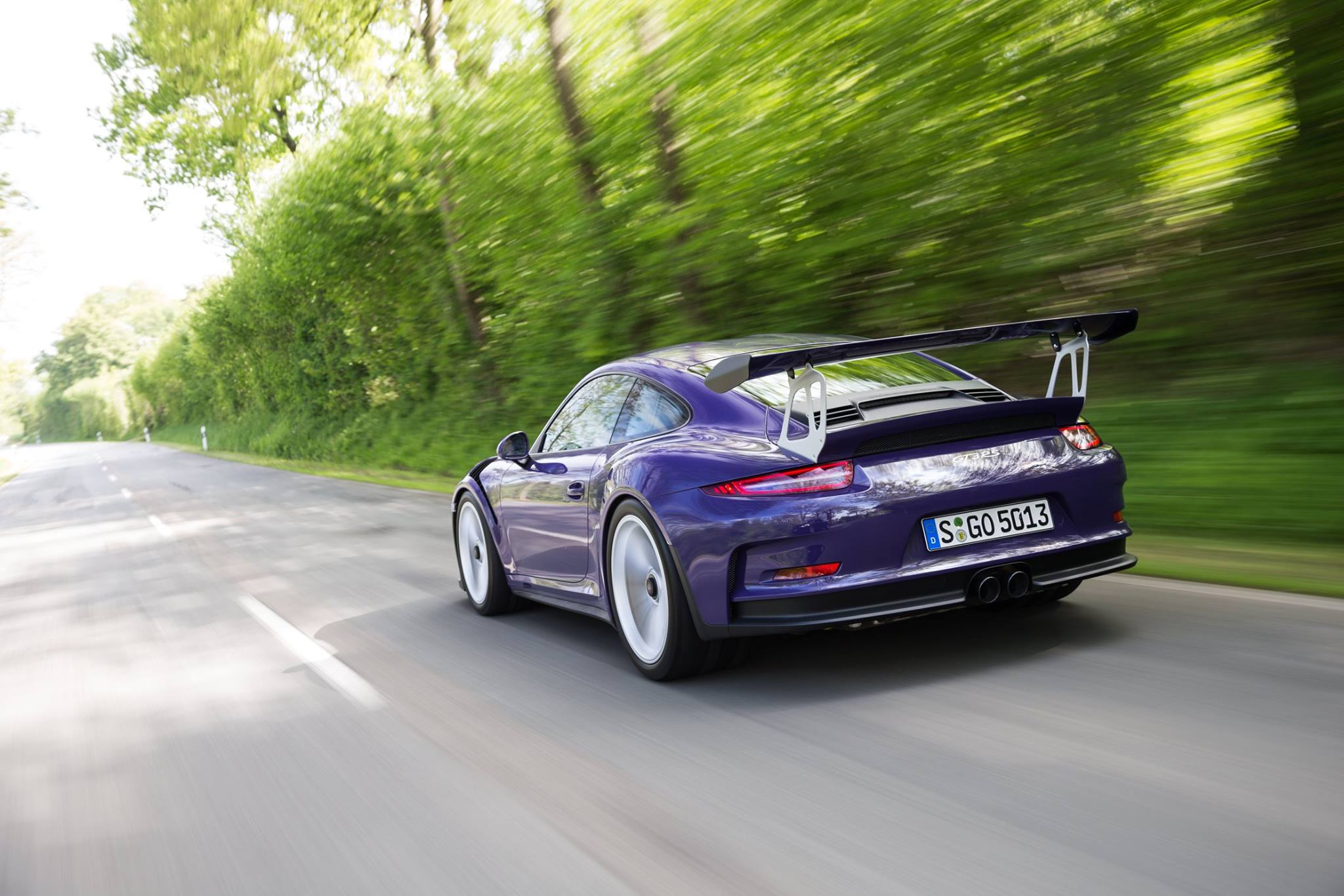 gorgeous ultraviolet porsche 911 gt3 rs gtspirit. Black Bedroom Furniture Sets. Home Design Ideas