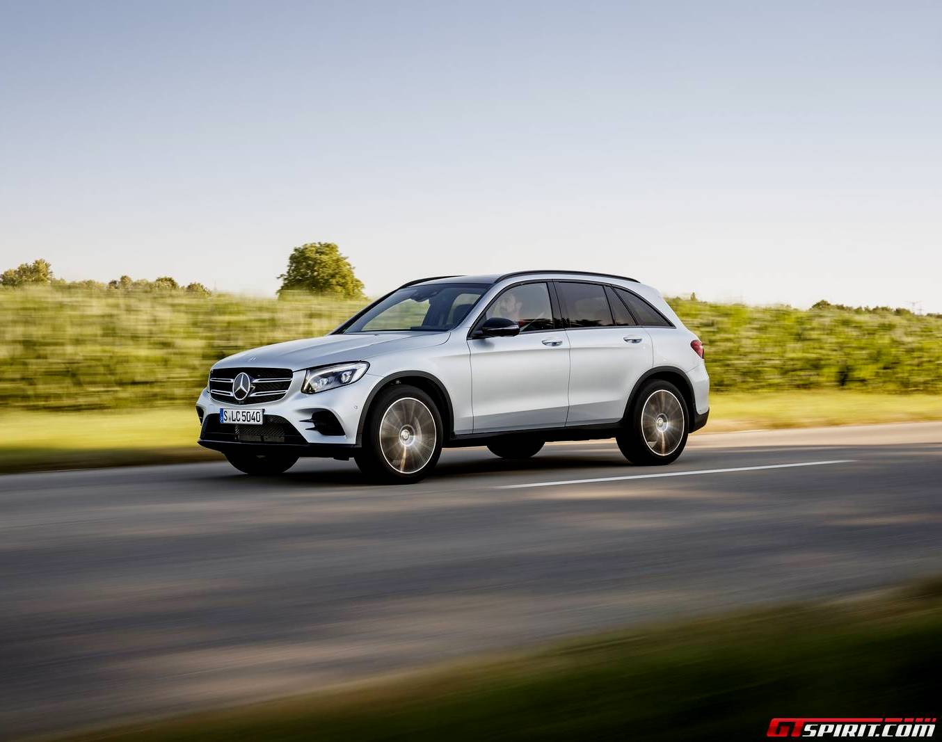 2016 mercedes benz glc review gtspirit for Mercedes benz 07