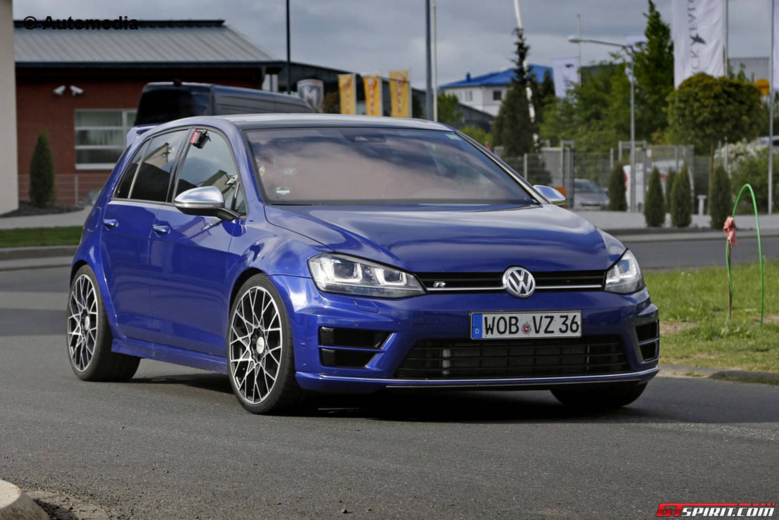 volkswagen golf r400 production to be limited gtspirit. Black Bedroom Furniture Sets. Home Design Ideas