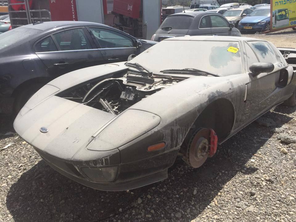 Abandoned Supercars Ford Gt