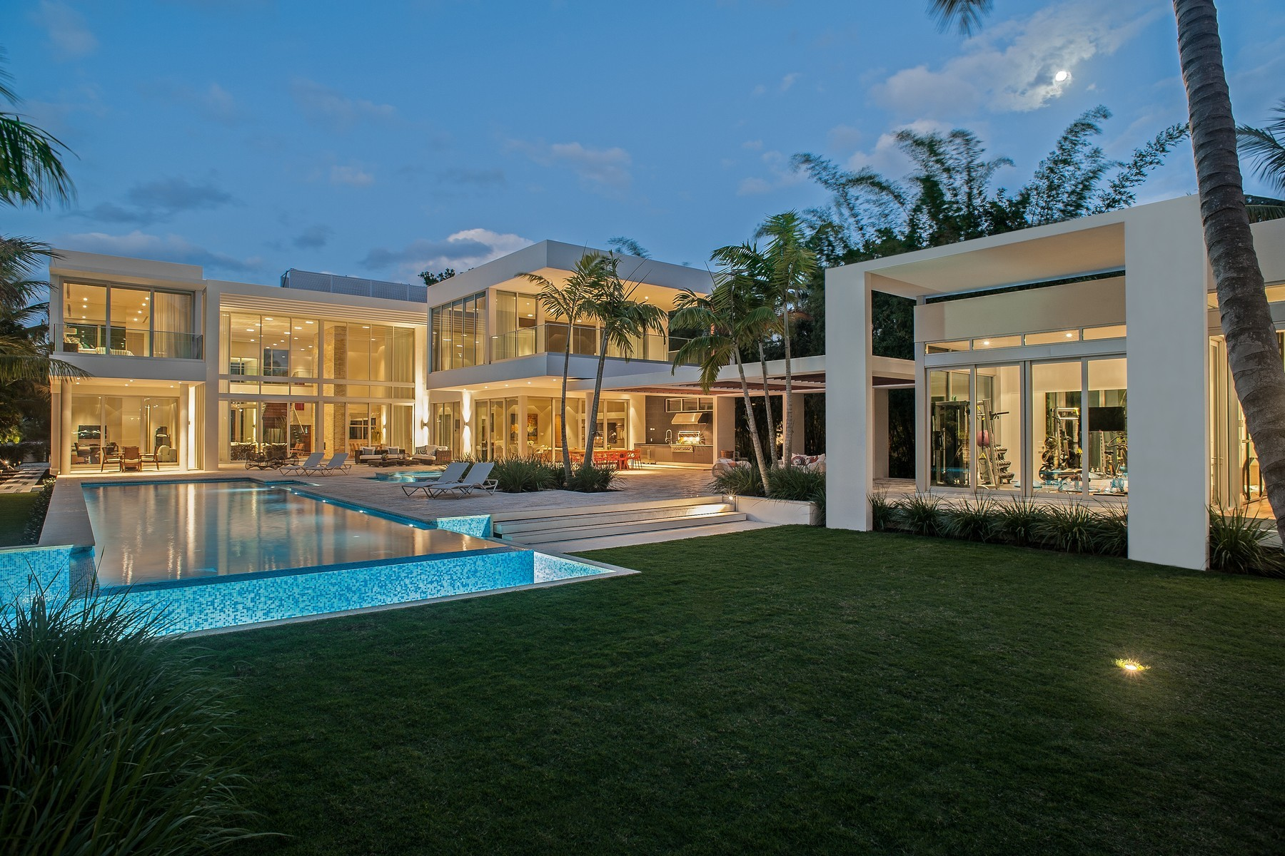 Breathtaking 8 bedroom 32 million miami mansion for sale for Homes for sales in miami