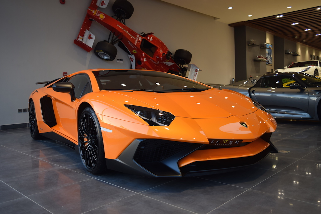 orange lamborghini aventador sv for sale from seven car. Black Bedroom Furniture Sets. Home Design Ideas