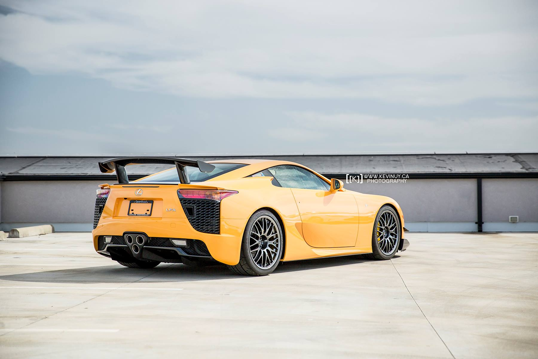 orange lexus lfa nurburgring edition arrives in canada gtspirit. Black Bedroom Furniture Sets. Home Design Ideas