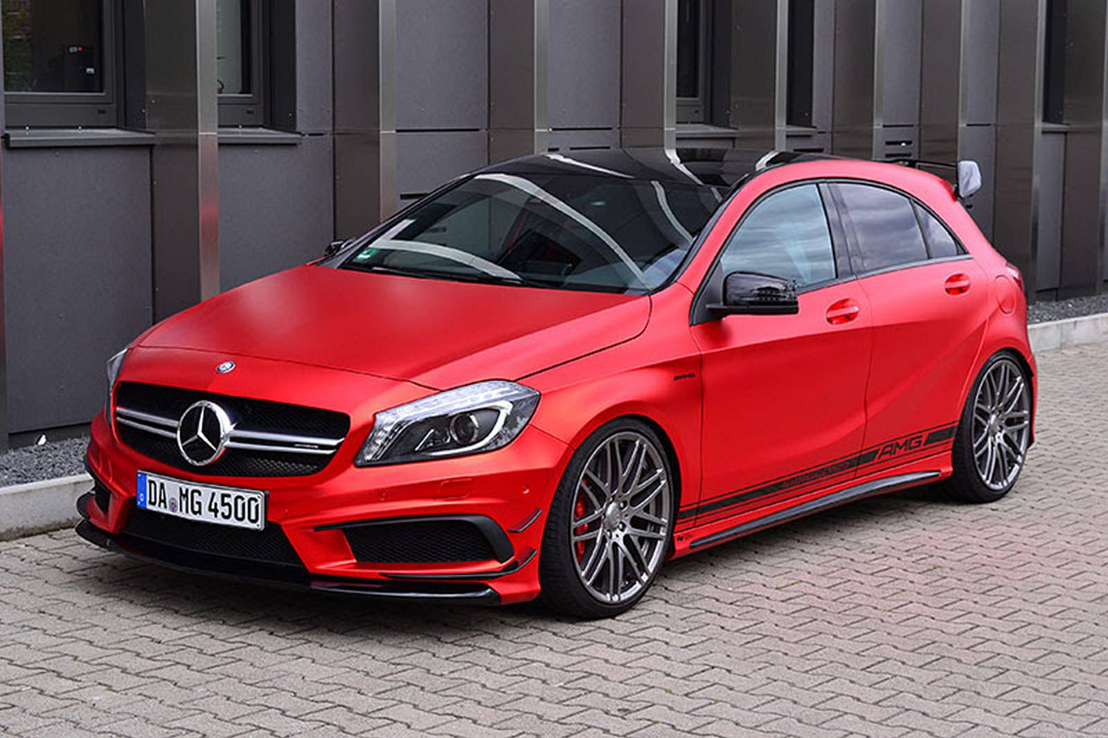 Mercedes benz a45 amg by folien experte gtspirit for Mercedes benz a45 amg