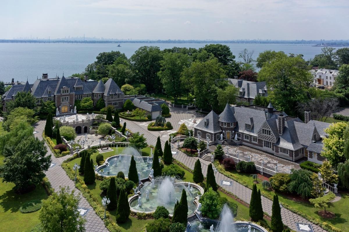 Extraordinary Private $100 Million Estate For Sale in New ...