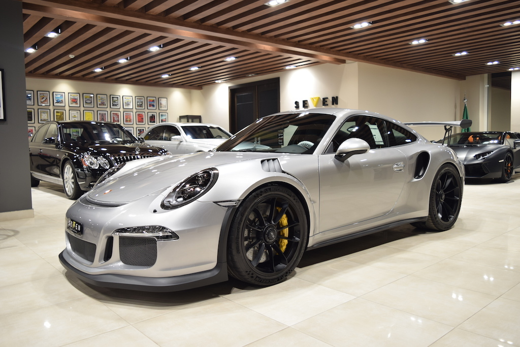 sleek silver 2016 porsche 911 gt3 rs for sale gtspirit. Black Bedroom Furniture Sets. Home Design Ideas