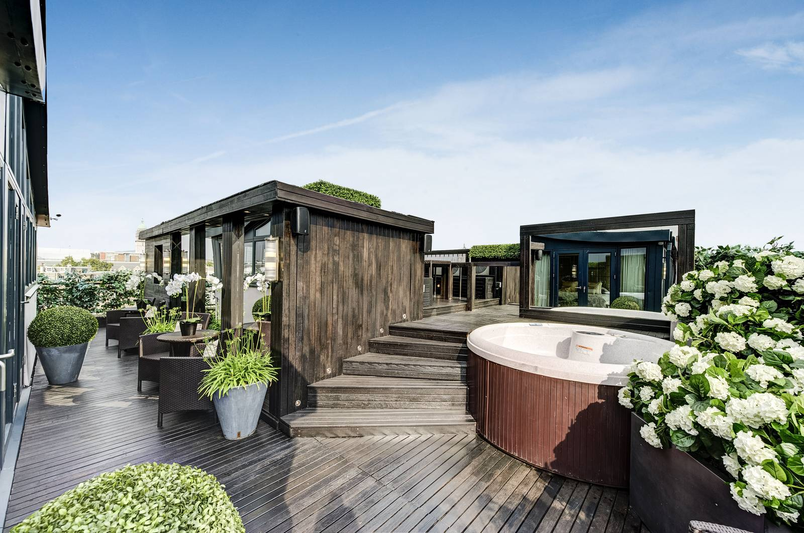 15 Million Apartment in London With Panoramic Roof Terrace GTspirit