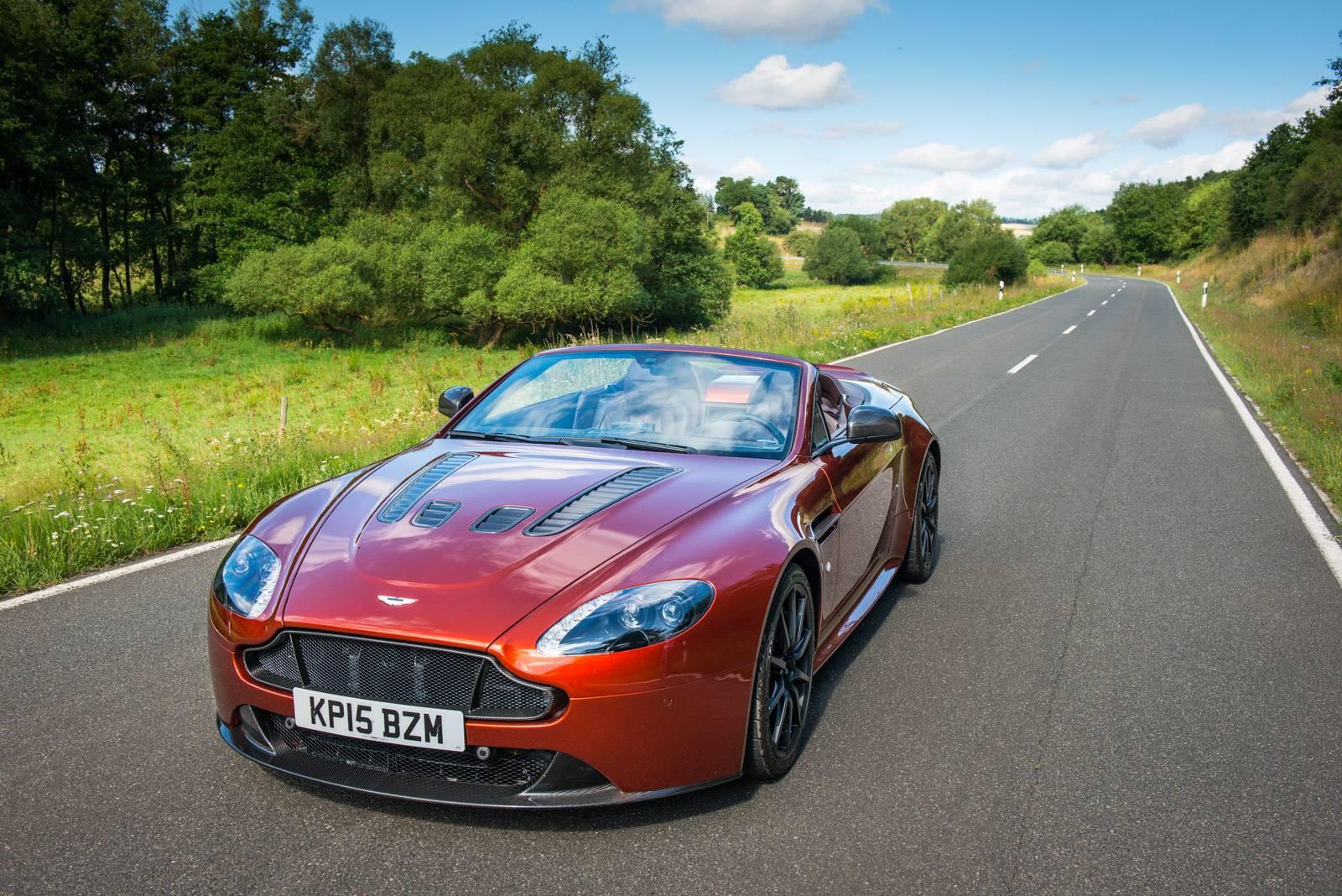 Aston Martin V Vantage S Roadster Review GTspirit - Aston martin v12 vantage s price