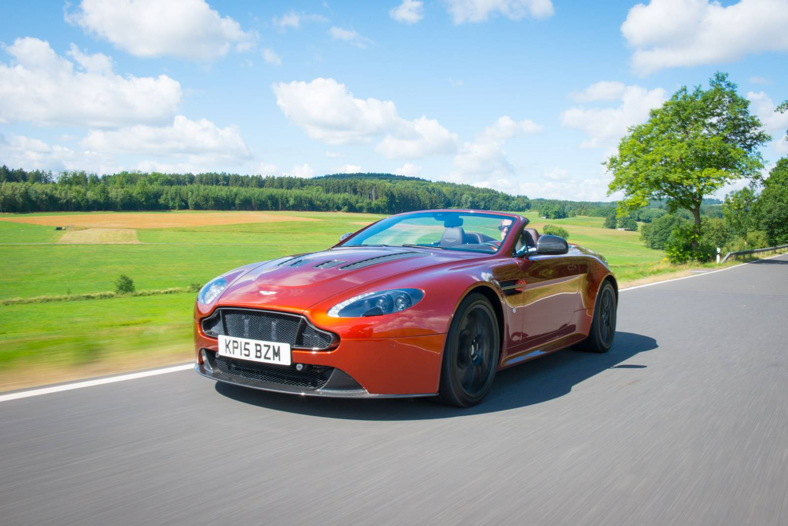 2016 aston martin v12 vantage s roadster review - gtspirit