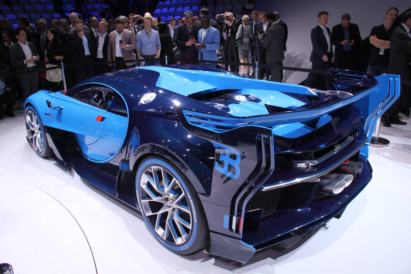 frankfurt 2015 bugatti vision gran turismo gtspirit. Black Bedroom Furniture Sets. Home Design Ideas
