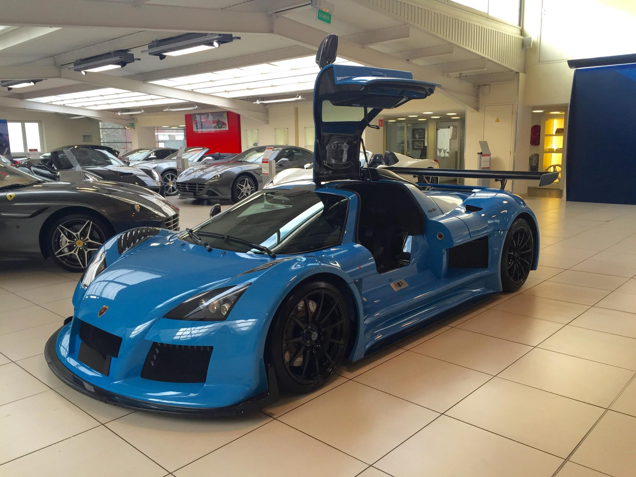 Blue Gumpert Apollo S For Sale in France - GTspirit