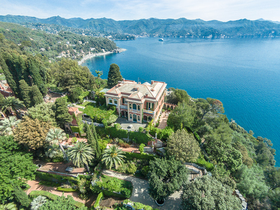 Italian villa for sale outside