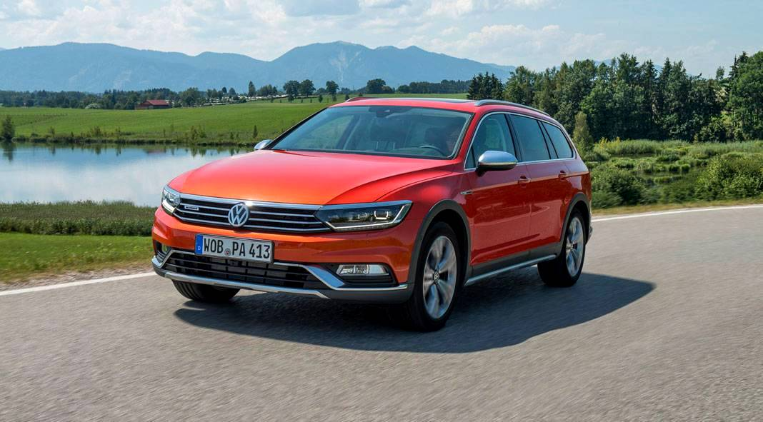 2016 volkswagen passat alltrack review gtspirit. Black Bedroom Furniture Sets. Home Design Ideas