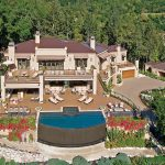 $28 million Napa mansion exteiror