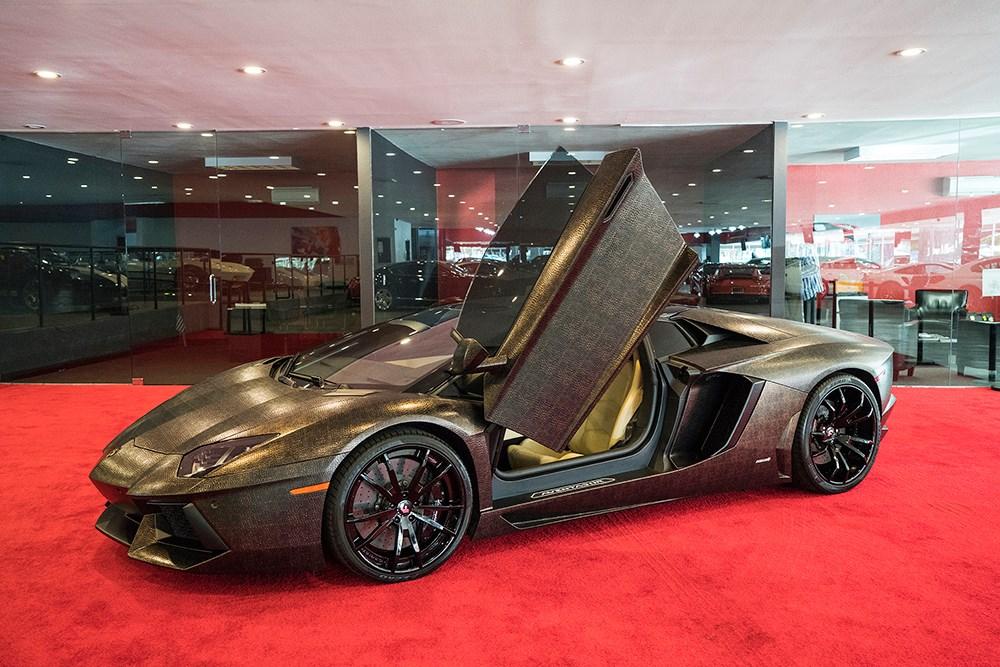 Crazy Snake Skin Wrapped Lamborghini Aventador