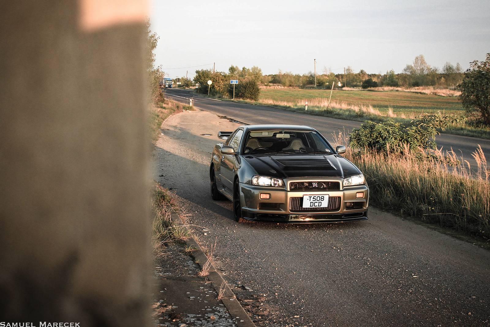 Rare Nissan Skyline R34 GTR VSpec II Nr in Czech Republic
