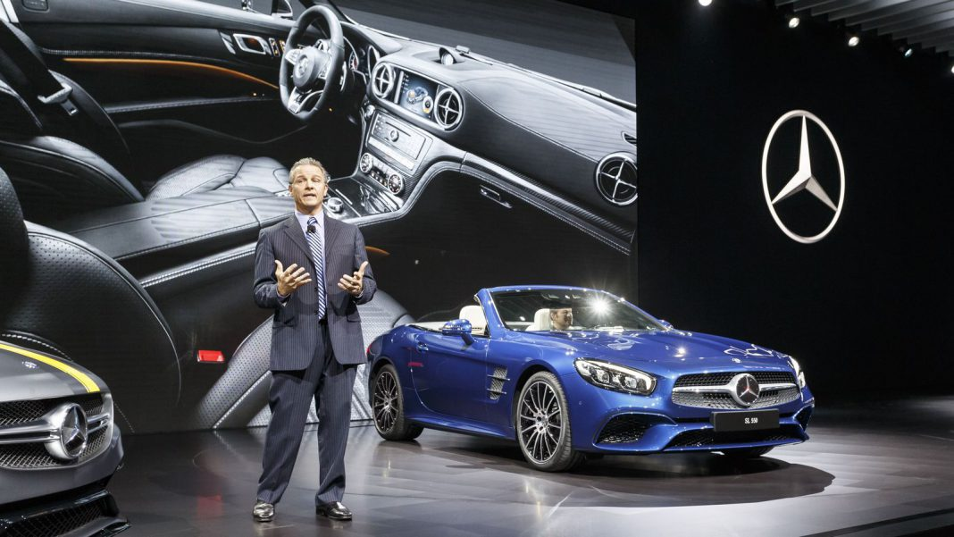 Mercedes benz night at los angeles auto show 2015 gtspirit for Mercedes benz repair los angeles