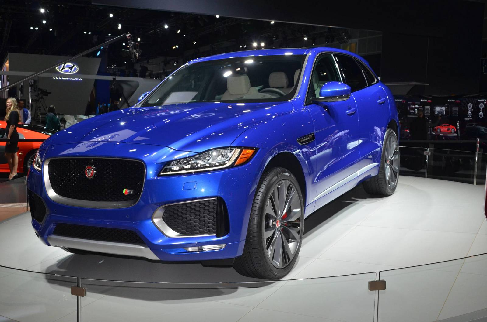 supercharged v8 jaguar f pace by svo on the way gtspirit. Black Bedroom Furniture Sets. Home Design Ideas