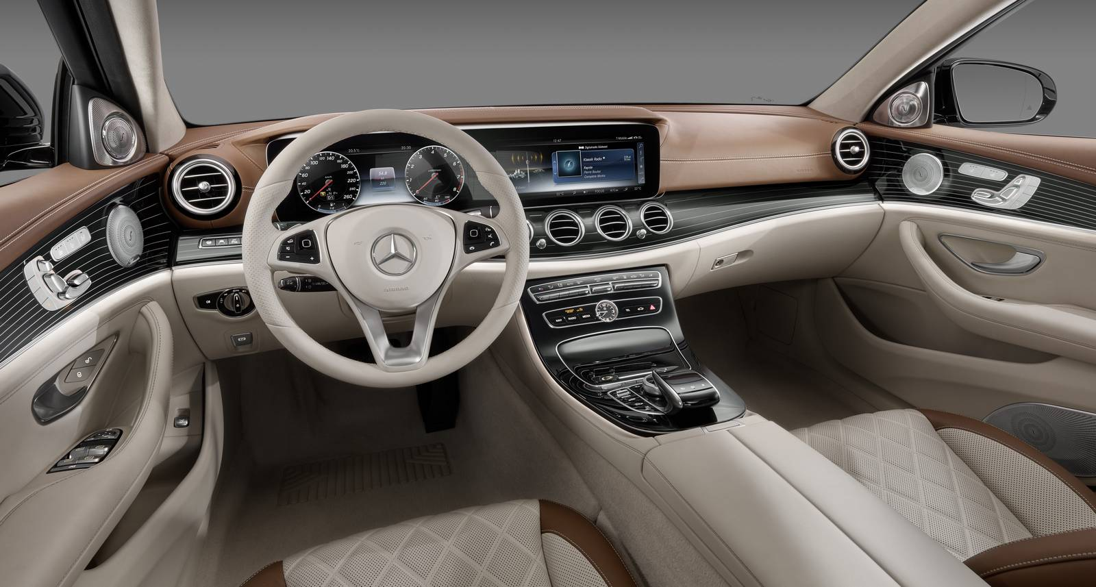 2017 mercedes benz e class design preview gtspirit for Mercedes benz interieur