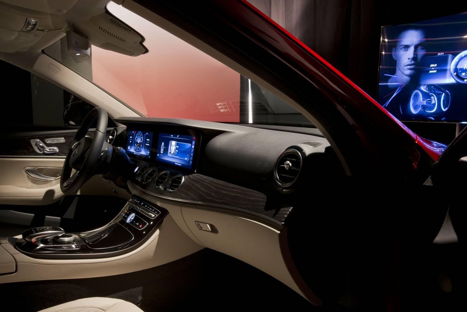 2017 mercedes benz e class exterior design revealed gtspirit for Mercedes benz e350 interior
