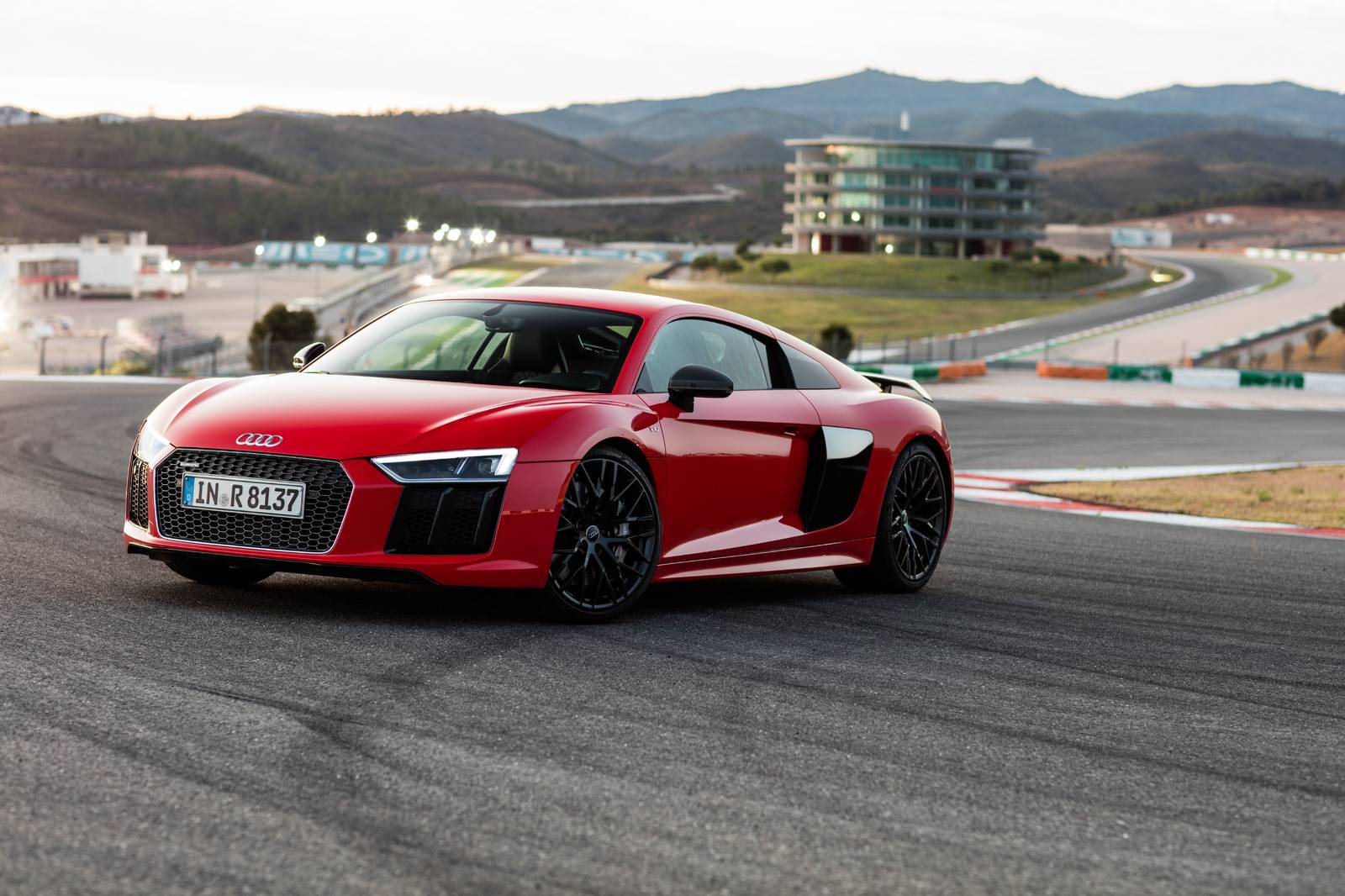 2016 audi r8 v10 priced from 162 900 in the us gtspirit. Black Bedroom Furniture Sets. Home Design Ideas